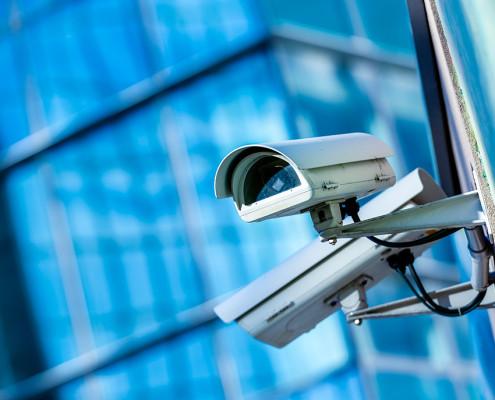 Cámaras de Vigilancia en una Comunidad